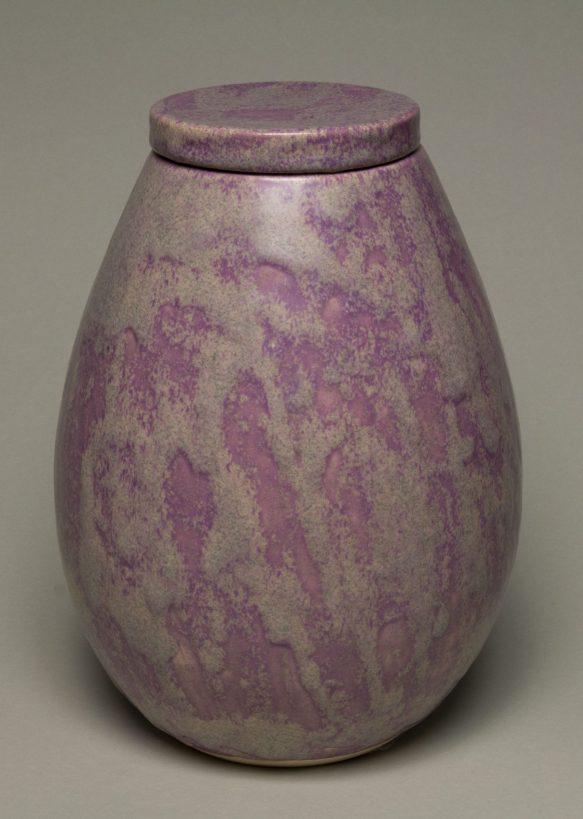 Urna na prochy w kolorze różowo szarym