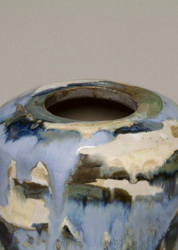 Urna na prochy w kolorach niebieskich