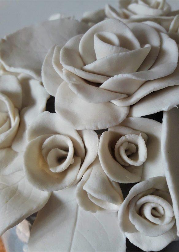 Szara z różami 5